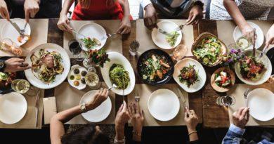 Situs Togel Online - Ada Kondom hingga Mandi Bir, Coba 5 Restoran